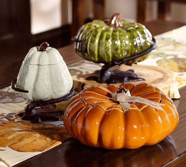 Pottery Barn PUMPKIN WITH SERVE STAND
