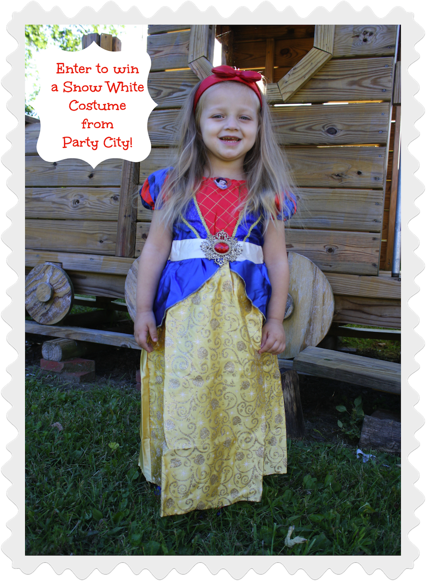 Snow White Costume {Review and Giveaway}