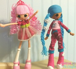 Lalaloopsy Girls JEWEL SPARKLES and Mittens Fluff N' Stuff are SEW cool!!